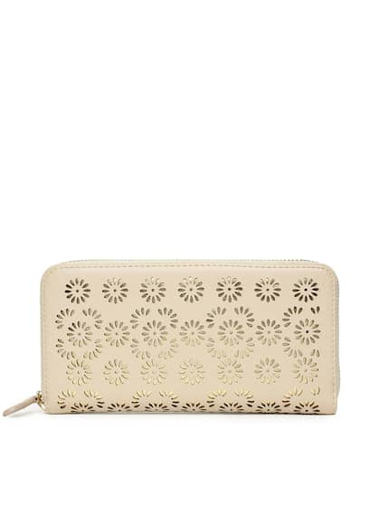 12ac4e6e8f Ginger by Lifestyle. Women Self Design Zip Around Wallet