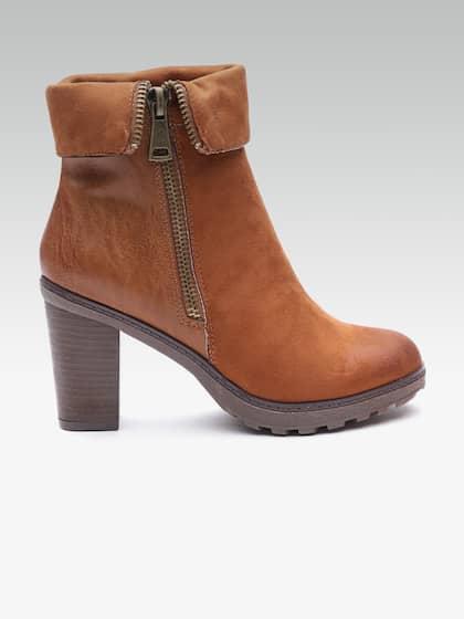 Carlton London Women Heeled Boots