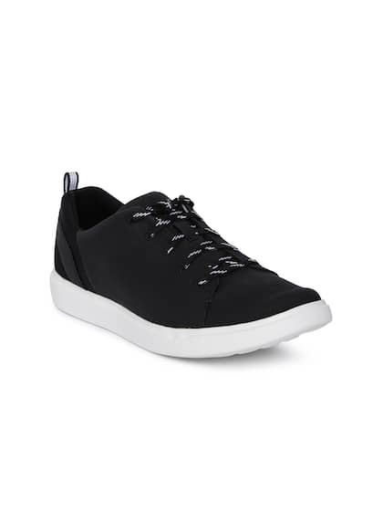 f299f09b7c0b6 CLARKS - Exclusive Clarks Shoes Online Store in India - Myntra