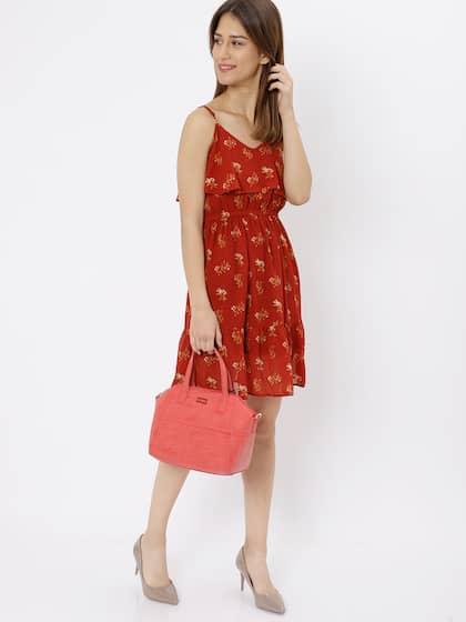c57758cbf7 Bags Online - Buy Bags for men and Women Online in India | Myntra