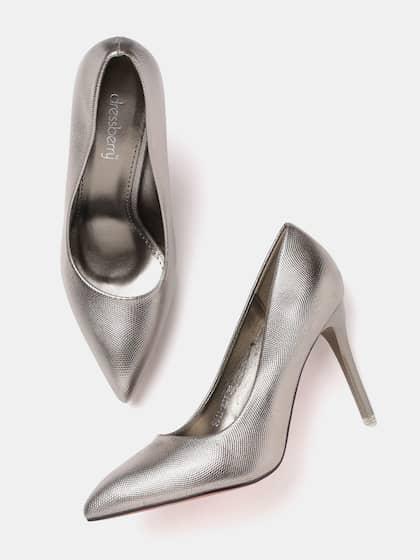 a9c46fc668f Women Metallic Shoes - Buy Women Metallic Shoes online in India