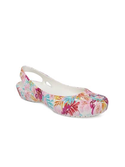 4ec08c988c917 Crocs Shoes Online - Buy Crocs Flip Flops   Sandals Online in India ...