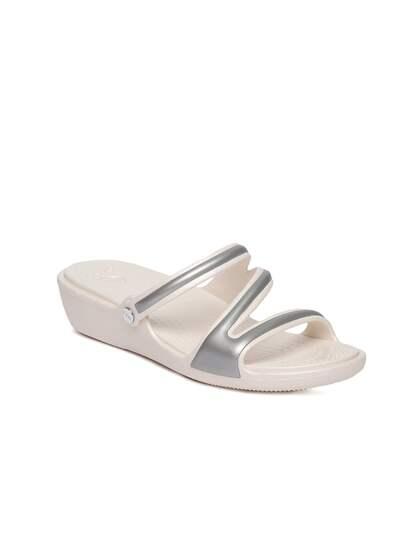934190d26f91d Crocs Shoes Online - Buy Crocs Flip Flops & Sandals Online in India ...