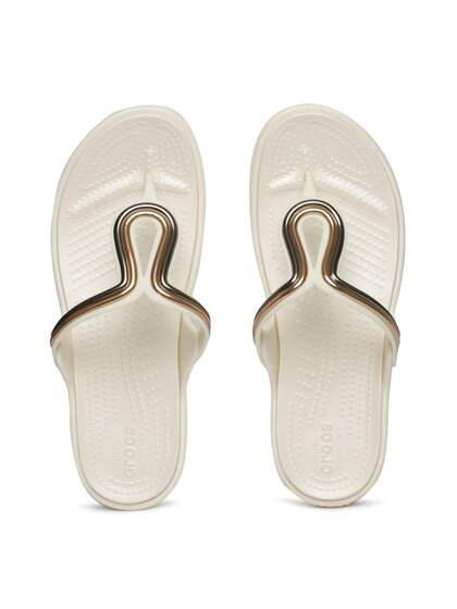 bc19a6d1db02 Crocs Shoes Online - Buy Crocs Flip Flops   Sandals Online in India ...