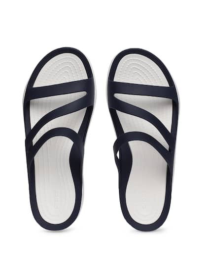 4ec08c988c917 Crocs Shoes Online - Buy Crocs Flip Flops   Sandals Online in India ...