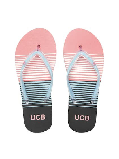 16928c654a0311 United Colors of Benetton. Women Striped Thong Flip-Flops