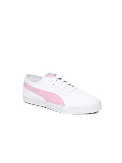 805d4ced4df7 Girls Footwear - Buy Footwear for Girls Online in India
