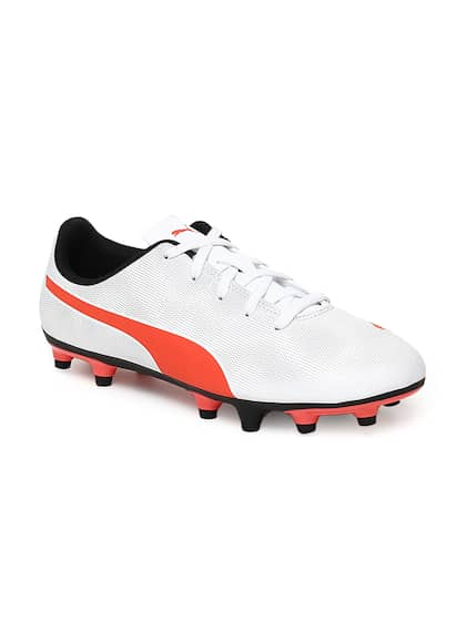 Football Shoes - Buy Football Studs Online for Men   Women in India e4ce55bce
