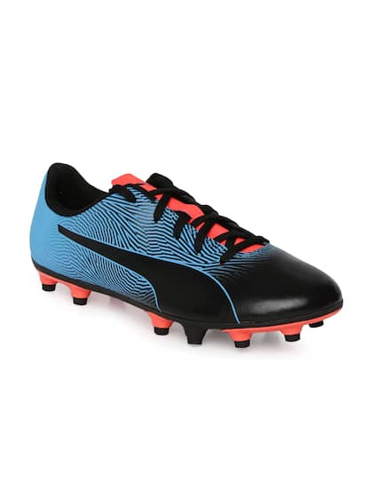 Football Shoes - Buy Football Studs Online for Men   Women in India 3c5ecb365a745