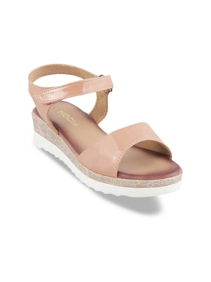 34dfe21839c Mochi Shoes - Shop Online for Mochi Shoes in India
