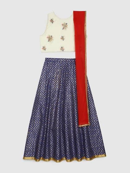 8b99ee86f9a Lehenga - Buy Designer Lehengas Online in India