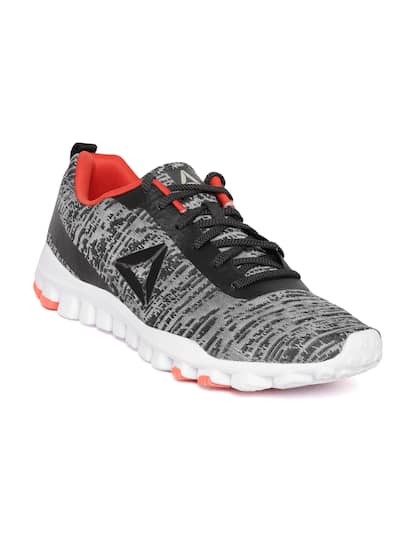 71b7f4c1ba Reebok Sports Shoes - Buy Reebok Sports Shoes in India | Myntra
