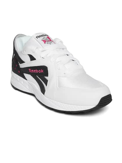 974c4e9388c63 Reebok Classic Sports Shoes - Buy Reebok Classic Sports Shoes online ...
