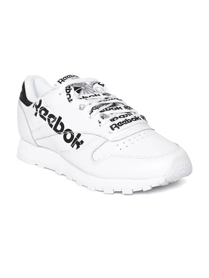 newest 6c6a9 17470 Reebok Classic. Women CL LTHR Sneakers