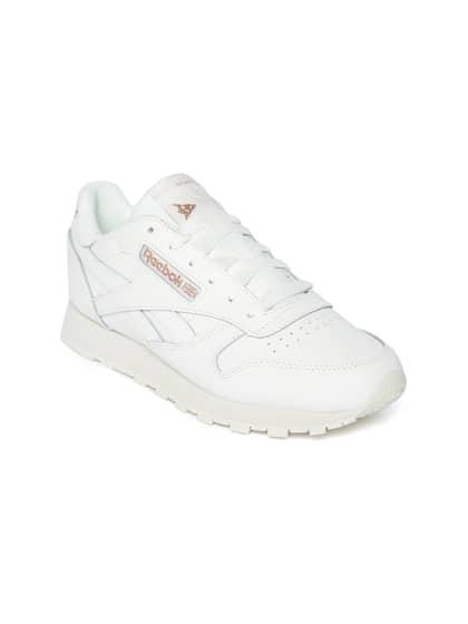 sports shoes 4c526 b0daa Reebok Classic. Women Classic Leather Sneakers