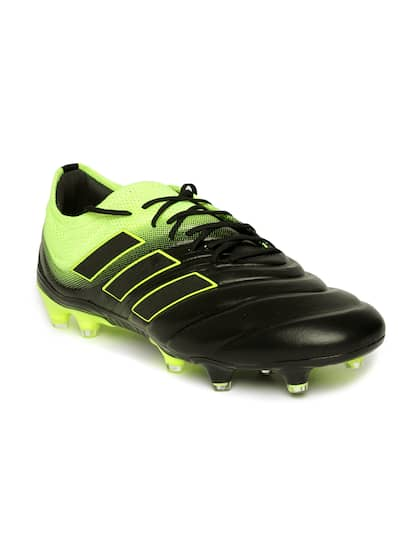 Football Shoes - Buy Football Studs Online for Men   Women in India 90cf8b3d3963c