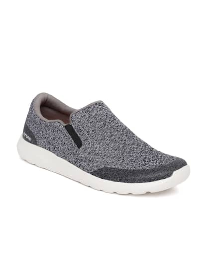 417d74e35aef Crocs Shoes Online - Buy Crocs Flip Flops   Sandals Online in India ...