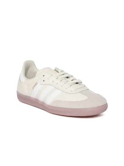 hot sale online 853d7 393b0 ADIDAS Originals. Women Samba OG Sneakers