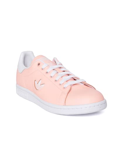 fe086f332c2c ADIDAS Originals. Women Stan Smith Sneakers
