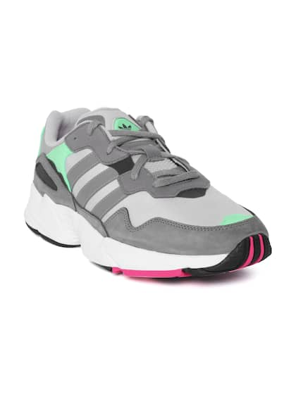 huge discount d9dcd b16a8 ADIDAS Originals. Men Yung-96 Sneakers