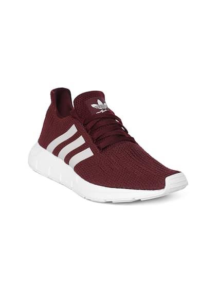 sports shoes 0ee03 0fa11 ADIDAS Originals. Women Swift Run Sneakers
