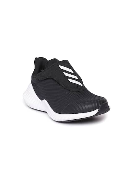c75e8ba7c Boys Sports Shoes - Buy Sports Shoes For Kids Online in India