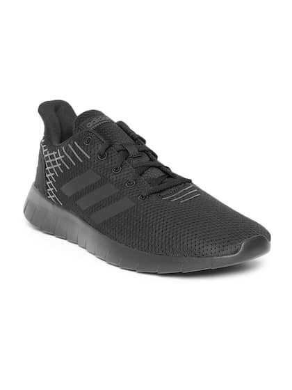 super popular 2b97a d1594 Black Sports Shoes - Buy Black Sports Shoes Online in India