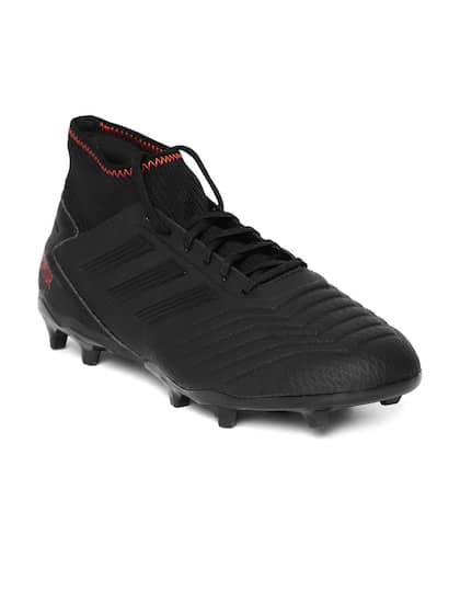 a63b86e1431 Football Shoes - Buy Football Studs Online for Men   Women in India