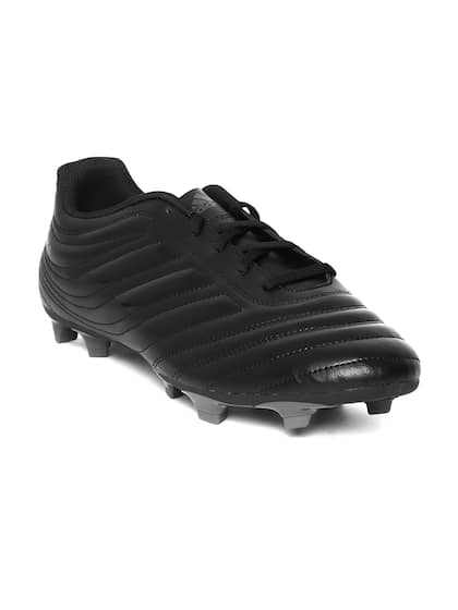 super popular 5adbc 4ae26 Football Shoes - Buy Football Studs Online for Men   Women in India