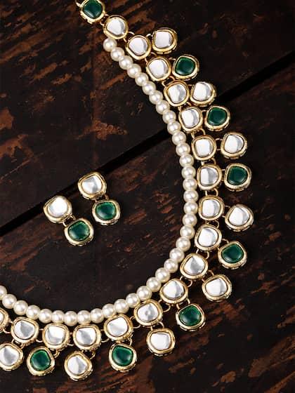 4ac473ef1ca5e Kundan Jewellery Set - Buy Kundan Jewellery Sets Online | Myntra