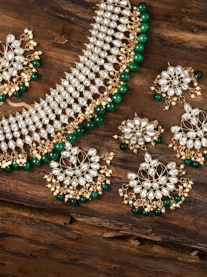 544b0f318f574 Kundan Jewellery Set - Buy Kundan Jewellery Sets Online | Myntra
