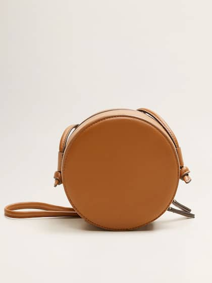 ef5597f52c5 Handbags And Bags - Buy Handbags And Bags online in India