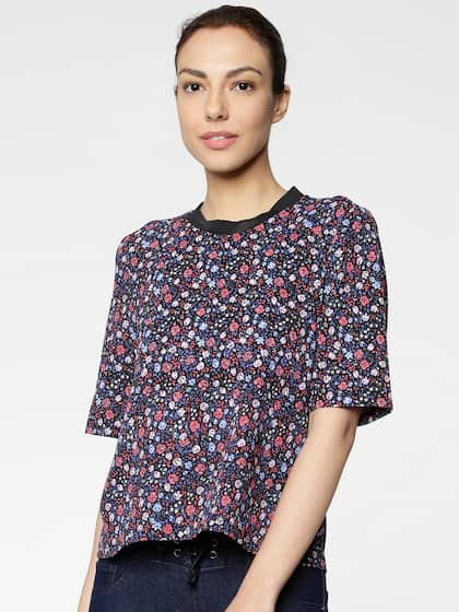 8e396ed1c39 Black Tops - Buy Black Colour Tops Online in India | Myntra