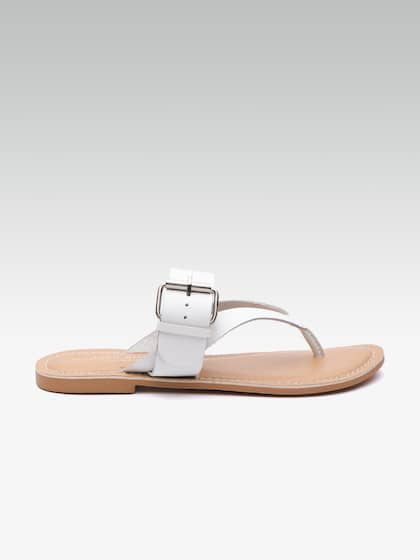 best service 5228e 7bb7b Flats - Buy Womens Flats and Sandals Online in India   Myntra