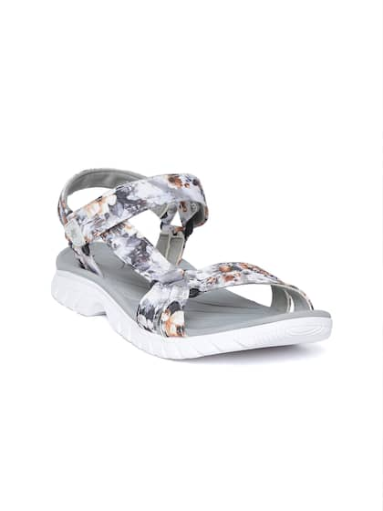 cafb8e21e57 Women Sandal - Buy Women Sandal online in India