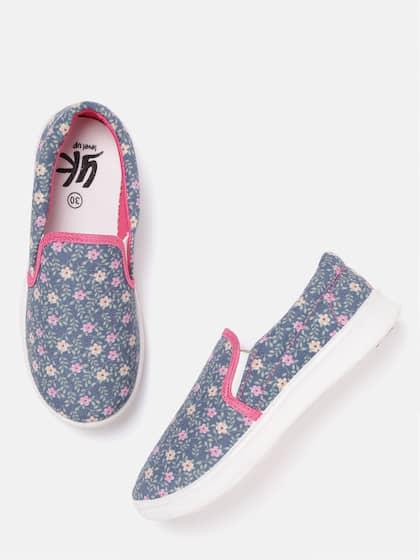 Girls Footwear - Buy Footwear for Girls Online in India | Myntra