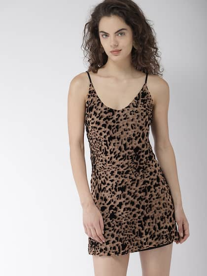 3f86eb36e2 Neck. + 10 more. FOREVER 21 Women Brown Animal Printed A-Line Dress