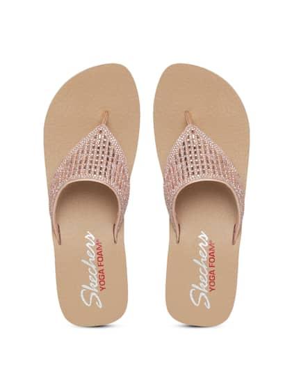 d8ab0076dff Women Embellished Footwear - Buy Women Embellished Footwear online ...