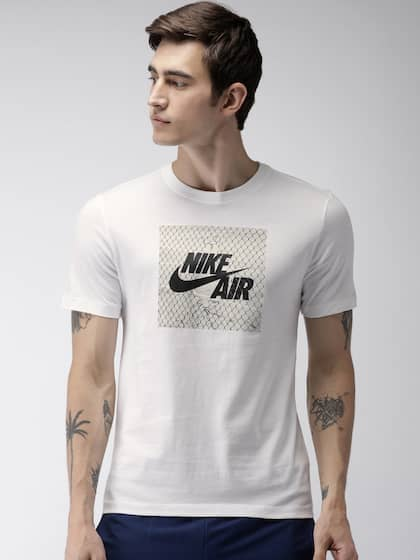6daa091af7f3 Nike Men White AS M NSW FENCE PHOTO Standard Fit Printed T-shirt