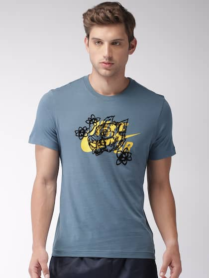 97e0c9e04216 Nike TShirts - Buy Nike T-shirts Online in India
