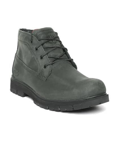 bb28dba3f Size. Timberland Men Olive Green Leather Radford Waterproof Chukka Mid-Top  Boots