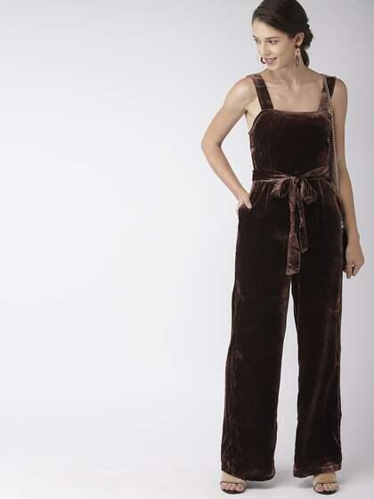 951f149067a FOREVER 21. Solid Basic Velvet Jumpsuit