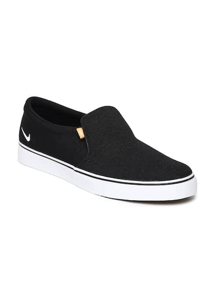 pick up bbbfe 19d04 Nike. Men COURT ROYALE Sneakers