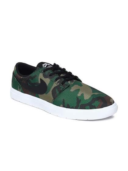 timeless design b62b1 9a640 Nike Shoes - Buy Nike Shoes for Men, Women   Kids Online   Myntra