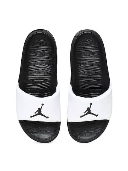 the latest 32c52 98931 Nike. Men JORDAN BREAK Sliders