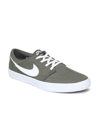b9bf4f03f618 Nike Canvas Shoes Men - Buy Nike Canvas Shoes Men online in India