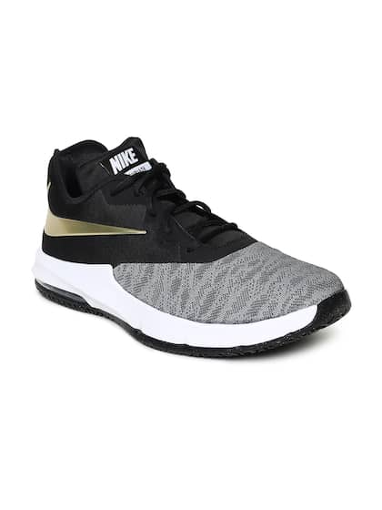 pretty nice 7d3de 9a9a6 Nike Men Black AIR MAX INFURIATE III LOW Basketball Shoes