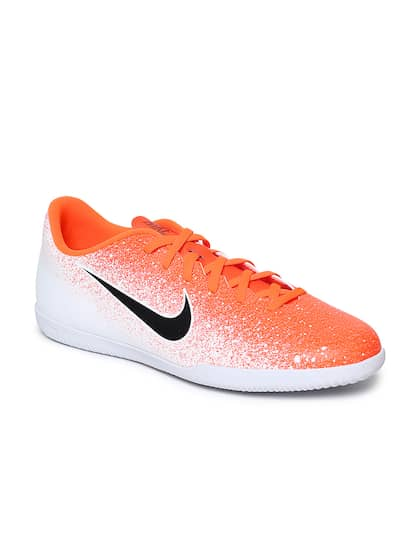 dc854878 Football Shoes - Buy Football Studs Online for Men & Women in India