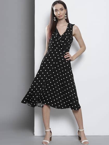 2e5bd0f5ff DOROTHY PERKINS Women Black   White Printed A-Line Dress