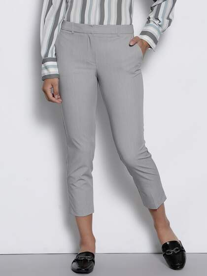 6d0b631eecb7 DOROTHY PERKINS Women Grey Regular Fit Solid Cropped Formal Trousers